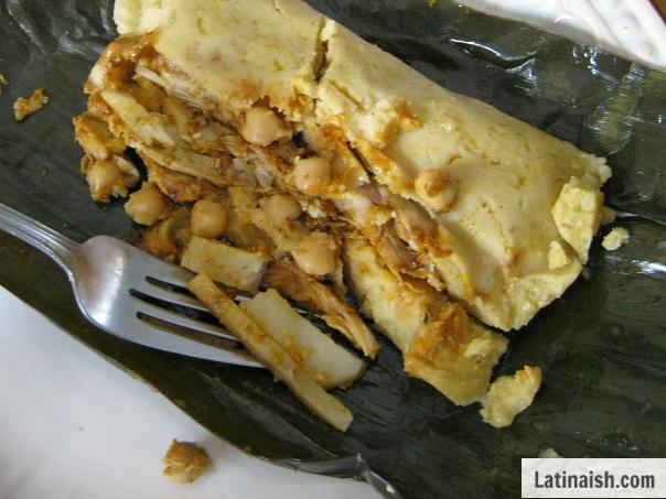 tamal salvadoreño de gallina - Latinaish.com