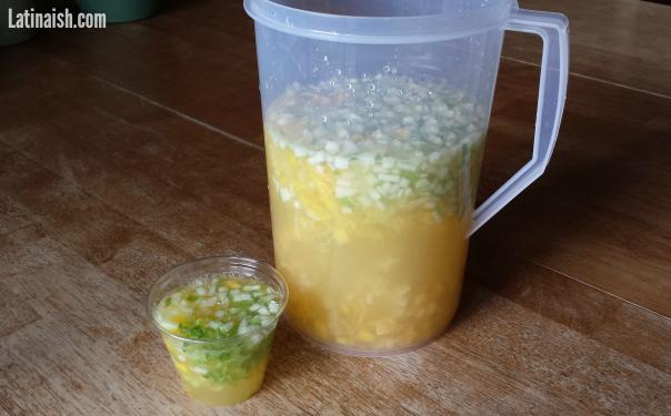 agua-de-ensalada-pitcher