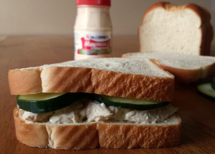 Sandwich de pollo salvadoreno